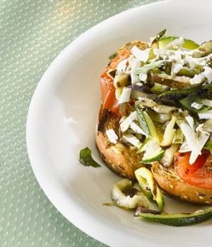 bruschetta-melanzane-e-pomodori-secchi